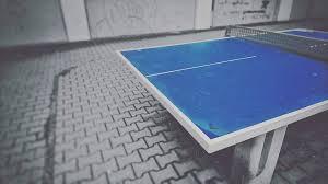 table de tennis couverte