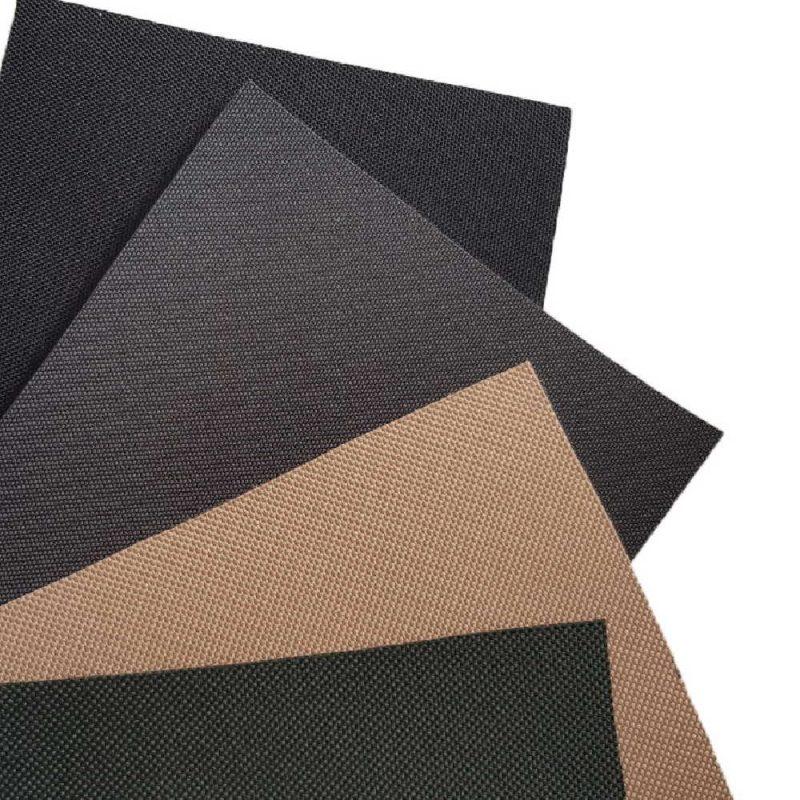 Choisissez la couleur de votre housse sur mesure parmi 4 coloris